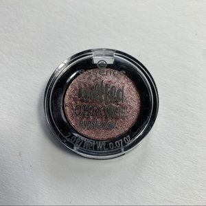 🤑10 for $25🤑 Essence melted chrome eyeshadow